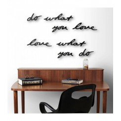 "Décoration murale noire Mantra Umbra ""Do what you love"""