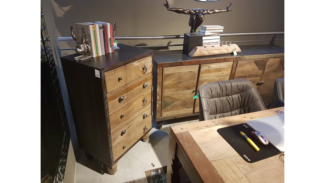 chiffonnier industriel chiffonnier chiffonnier tiroirs bois massif manguier mtal industriel. Black Bedroom Furniture Sets. Home Design Ideas