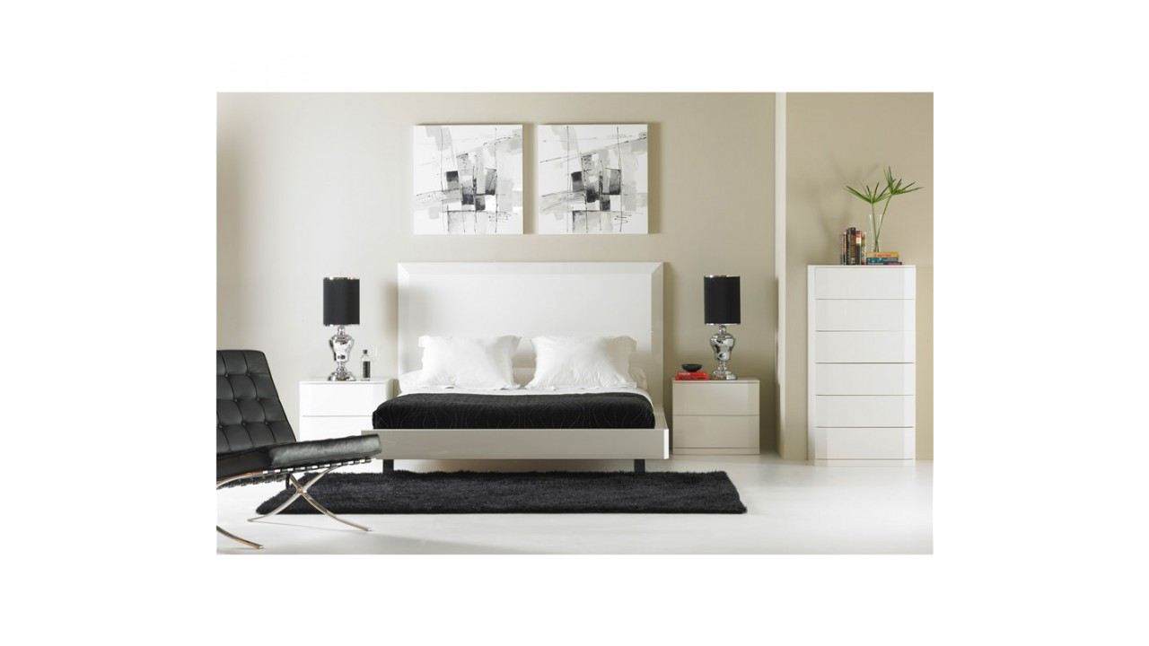 achetez votre lit design laqu blanc 180 cm manhattan pas. Black Bedroom Furniture Sets. Home Design Ideas