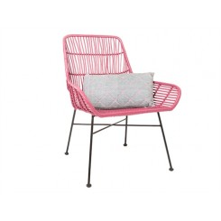 CHAISE EN ROTIN ROSE ET METAL SOOTHE PRESENT TIME