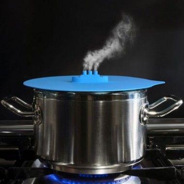 Couvercle en silicone avec échappe vapeur Steam ship bleu