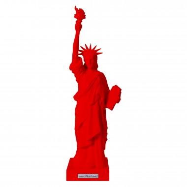 "Statue de la liberté rouge ""Miss Liberty Toro"""